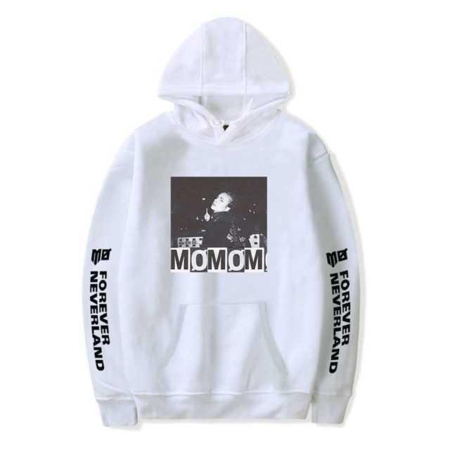 MOMOMOYOUTH THEMED HOODIE (24 VARIAN)